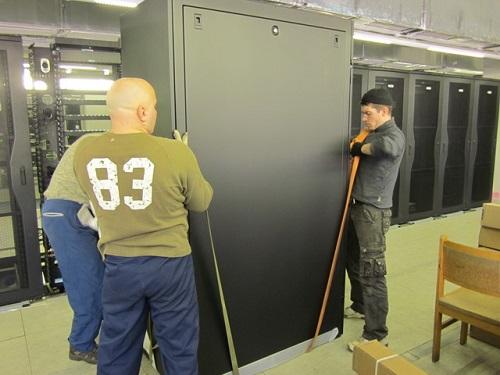 Такелажные работы - перевозка и перемещение банкоматов, сейфов, оборудования.